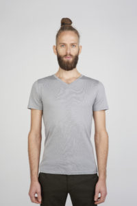 Men's V-neck T-shirt in ultrafine grey merino (200gsm) by Feelwear_front view close up