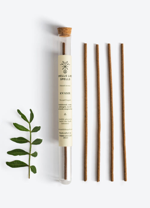 NATURAL INCENSE KVASIR 5tk (Sandalwood,Amber,Cedar, Myrrh)